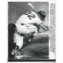 1962 Press Photo Lee Thomas of Los Angeles Angels Hit by Pitch - nes01099