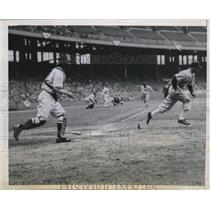 1945 Press Photo Leroy Schalk of the White Sox - nes02360