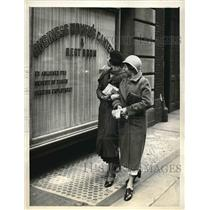 1932 Press Photo Unemployed girls aided by Salvation Army 10 cent lunch New York