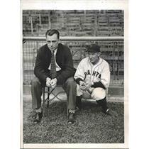 1933 Press Photo Johnny Vergez & Charles Dressen, NY Giants 3rd basemen