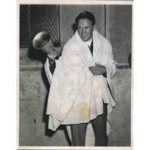 1938 Press Photo Fritz Gurtlinger Fan At New York Yankees Stadium World Series