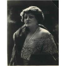 1923 Press Photo Mrs. Mel Gleen Stewart matron of honor at the wedding.