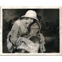 "1930 Press Photo Eleanor Boardman & Ralph Forbes star in ""Mamba"" - nex06994"