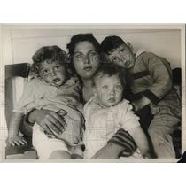 1926 Press Photo Mrs. Jacomino Tittroni with Three Children of California