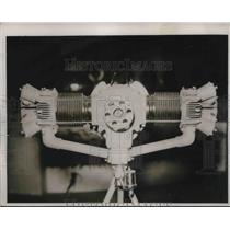 1937 Press Photo 2-cylinder motor of the midget plane on the French Market