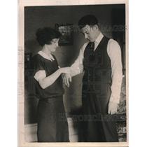 1922 Press Photo New York Giants Pitcher Hugh McQuillan Injured - nes04455