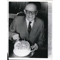 1971 Press Photo George Halas 76th Birthday, Chicago Bears Owner - nes06717