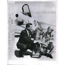 1956 Press Photo Fred C, Crawfrid R,W, Duke Windsow