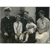 1927 Press Photo Mrs Louise Hagonborger Boston Massachusetts John E Lindborg