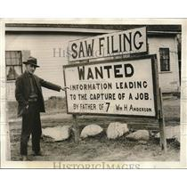 1931 Press Photo William Anderson erected this sign in hopes of finding a job