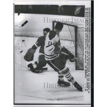 1962 Press Photo Eddie Shack, Toronto, Dennis Riggin, Detroit Red Wings