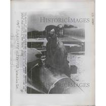 1950 Press Photo Captain Schnilleae and his plane for Korean battle