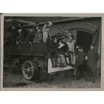 1923 Press Photo American troops prepare to leave Coblenz back to States