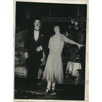 1920 Press Photo Cecile Sorel Frances Leading Comedienne & Husband Comte Guillau