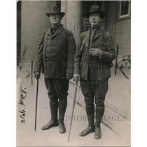 1919 Press Photo William Godfrey Sage & B Martin Walking to New York from Chicag
