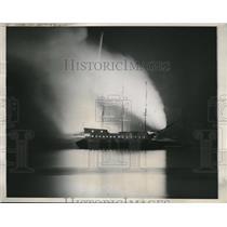 1937 Press Photo Revolutionary sea battle mock fought in DC