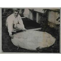 1934 Press Photo Professor Arthur Compton Nobel Winner With Research Balloon