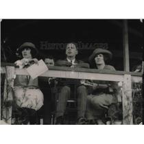 1921 Press Photo Miss Eleanor Davies, Jasper Dubois and Virginia Selden