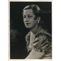 1930 Press Photo Actress Marjorie Louise Goldvogel portray Cinderella