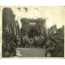 1924 Press Photo Eagle Scout George Washington Tomb - nec12685