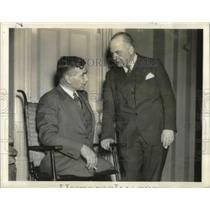 1939 Press Photo War Fliers Meet in House