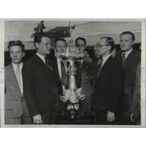 1929 Press Photo Thomas Lipton Challenge Cup George Elliott, Mr Kemball
