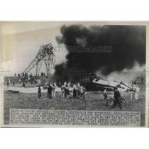 """1948 Press Photo Commercial cargo airplane """"Pioneer"""" crashed and exploded."""