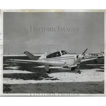 1964 Press Photo Beech Bonanza at Lakefront Airport