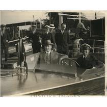 1926 Press Photo Navy Secretary Wilbur And WK Carter Racing Boat - nec47075