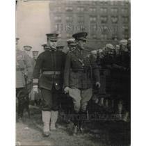 1919 Press Photo Prince of Wales & Naval guard at the Battery
