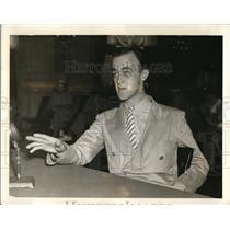 1938 Press Photo Frank Davin, Chicago publicity man testifying in Senate
