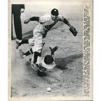 1948 Press Photo Eddie Yost of Washington Nationals and Yankee's Phil Rizzuto