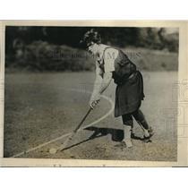 1927 Press Photo Bryn Mawr's Varsity Hockey captain Miss Helen Tuttle