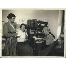 1918 Press Photo Stage Women's War Relief  Officials.