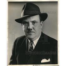 1937 Press Photo Jack Miley, sports reporter for New York Daily News - nec86647