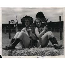 1936 Press Photo Lois and Geraldine all dressed up for the annual rodeo