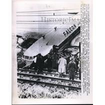 1960 Press Photo Rockford England Falcon Airways Lands Across Railroad Tracks