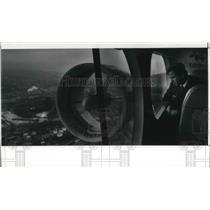 1991 Press Photo Steve Adams, pilot of Airship Shamu - cva01819