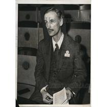 1932 Media Photo Dr. Piccard at a convention in Atlantic City, NJ.