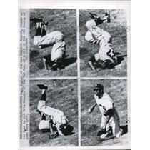 1962 Press Photo LA Angels Leon Wagner vs Red Sox Pete Runnels - nes20807