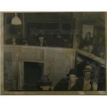 1937 Press Photo Crowds of immigrants - nex14493