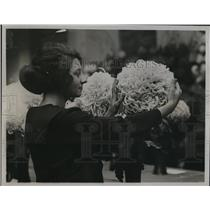 1922 Press Photo Daily Mail chrysanthemum at show  at Westminster