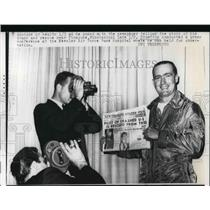 1962 Press Photo Stratton at press conference at Keesler Air Force Base Hospital