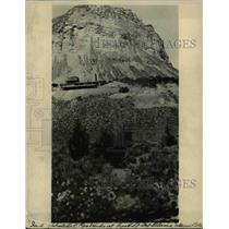 1922 Press Photo Colorado a house built on side of mountain