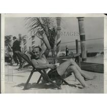 1931 Press Photo Ted Husing CBS Announcer at Miami Beach Florida