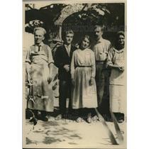 1920 Press Photo Tirana Albania American Red Cross & locals