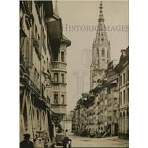 1914 Press Photo The Kesslergasse in Berne with Cathedral spire to the right