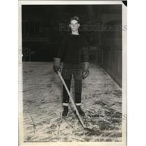 1929 Press Photo HW Cook left wing of Princeton hockey team - nes22347