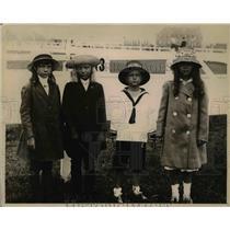 1918 Press Photo equestriennes: Alice de Poyster, Katherine Tad, Frances