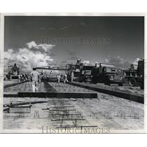 1951 Press Photo View of the first 25 foot wide section of 7800 foot taxi strip
